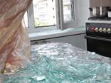 Policija pārbauda 16 gadus vecas meitenes nāvi kādā dzīvoklī Rīgā