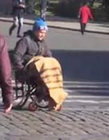 Sociālais eksperiments: Cilvēcība Latvijas sabiedrībai nav zudusi
