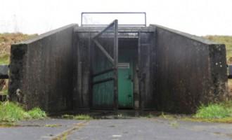 Fotostāsts: Ziemeļīrijā cenšas notirgot kodolbunkuru