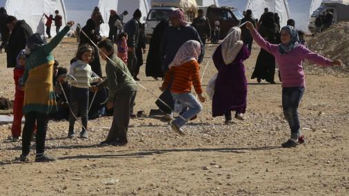NATO «ļoti nopietni» uztvers jebkuru lūgumu palīdzēt bēgļiem