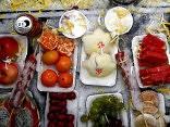Vācijā rosina aizliegt lielveikaliem izmest nepārdoto pārtiku
