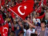 Turcijā pēc puča  aizturētie tiek spīdzināti un izvaroti