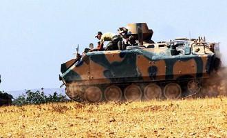 Turcijas tanki iegājuši Sīrijas teritorijā