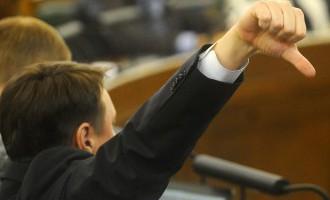 Saeimas deputātus nākamgad gaida algas pielikums