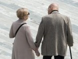 Šveicē paaugstinās sieviešu pensionēšanās vecumu