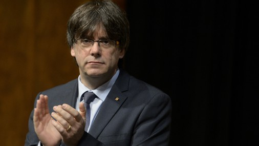 Katalonijas premjers paziņo par neatkarības referenduma rīkošanu 2017.gadā
