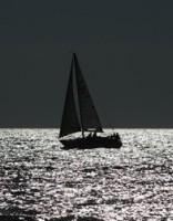 Jahtai jūrā pie Ventspils radušās tehniskas problēmas