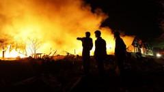 Jaunpiebalgas pagasta «Lielkrūzēs» deg viesu mājas jumts