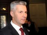 Pabriks nav optimistisks par Kučinska izredzēm pievienoties Eiropas Tautas partijai