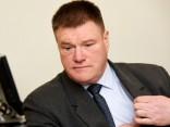 Tiesa atceļ IUB lēmumu par sodu Ķuzim par policijas auto piegādes lietu