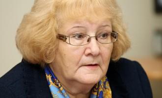 Deputāti neapmierināti par vienotā dzimumšūnu donoru reģistra nedarbošanos