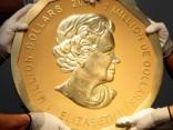 Nozagta miljoniem vērta 100 kilogramus smaga zelta monēta