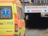 Trīs bērni nonāk slimnīcā pēc saindēšanās ar alkoholu