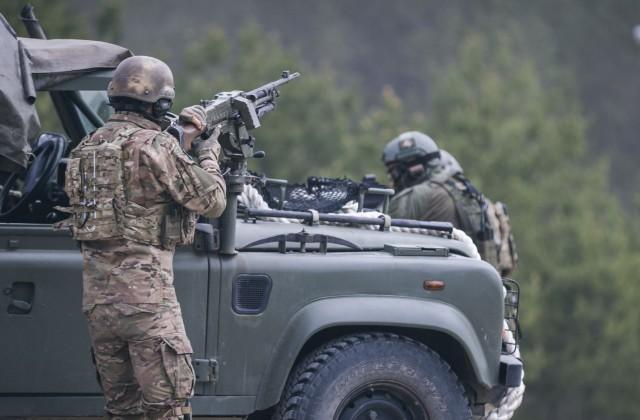 Karavīri mācībās Lietuvā