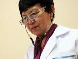 Atteikšanos no pagarinātā normālā darba laika mediķiem plāno finansēt no līdzekļiem neparedzētiem gadījumiem