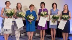 Pasniegtas stipendijas «Sievietēm zinātnē» 6000 eiro apmērā