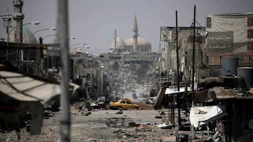 Mosulā islāmistu kontrolētajos rajonos iesprostoti līdz 200 000 cilvēku