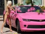 «Celebrity Big Brother» zvaigzne Frenčija Morgana mazgā savu auto