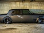Rolls-Royce nelegālām nakts sacīkstēm
