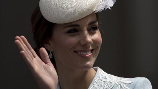 Стиль Кейт Миддлтон на 90-летии королевы Елизаветы II