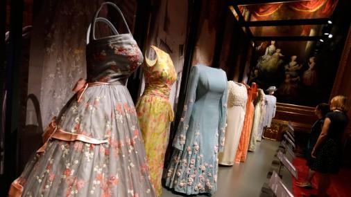 Выставка нарядов королевы Елизаветы II в Виндзорском дворце