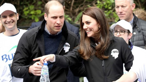 Кейт и Уильям в числе болельщиков марафона в Лондоне