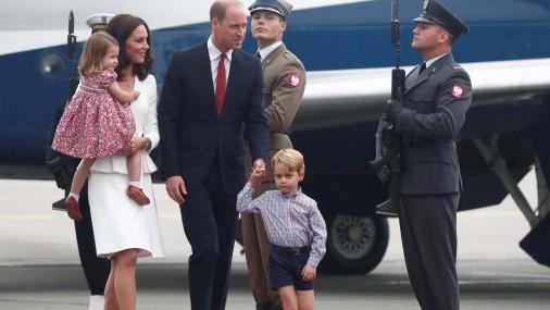 Keta, Viljams, Džordžs un Šarlote ierodas Polijā