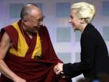Lady Gaga tiekas ar Dalailamu