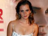 """Эмма Уотсон на премьере триллера """"Сфера"""" в Париже"""