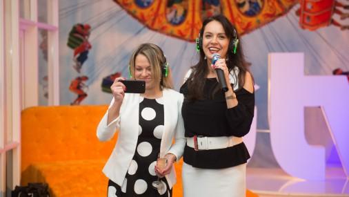 """Žaklīna Cinovska ar komandu prezentē """"iTV"""" - jauno izklaides kanālu"""