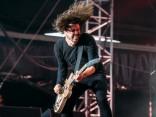 """""""Foo Fighters"""" ar trīs stundu garu rokkoncertu uzstājas Lucavsalā"""