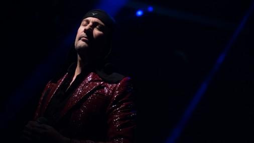 """Konceptuāli avangardiskās grupas """"Laibach"""" uzstāšanās"""