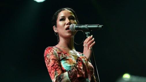 Amerikāņu dziedātāja Ženī Aiko (Jhené Aiko)