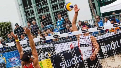 Плявиньш и Регжа неожиданно стали чемпионами Европы