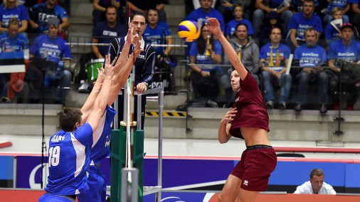 Латвийские воллейболисты уступили команде Эстонии