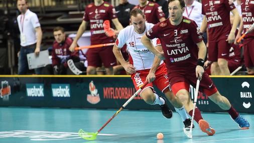 Чемпионат мира по флорболу в Риге: Латвия-Дания