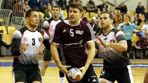 Latvijas handbolisti RD kausa spēlē kapitulē Ēģiptei