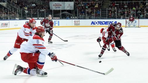 «Dinamo» hokejisti «LDz» kausa spēlē kapitulē «Lokomotiv»
