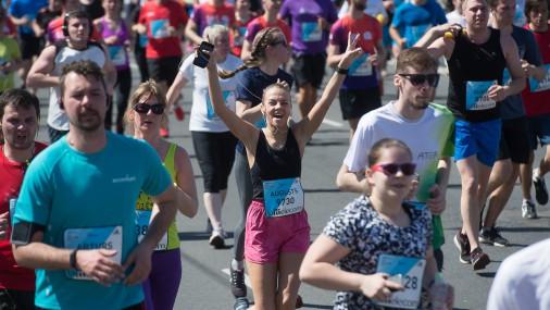«Lattelecom» Rīgas maratonā piedalās tūkstošiem skrējēju no 70 valstīm