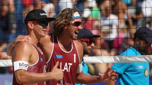 Samoilovs/Šmēdiņš atnes Latvijai pirmo uzvaru Eiropas čempionātā