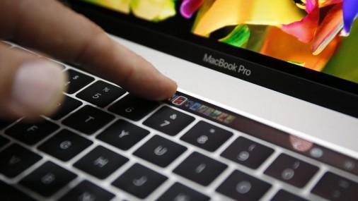MacBook Pro prezentācija