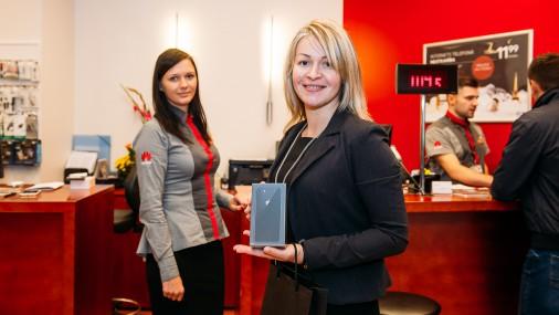 Latvijā sāk tirgot jaunos «iPhone» viedtālruņus