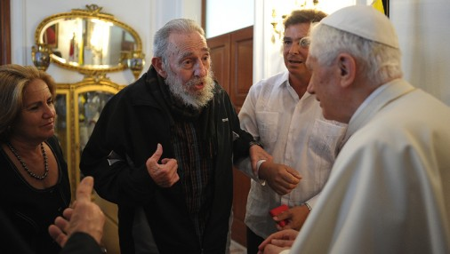 Pāvests Benedikts XVI tiekas ar Fidelu Kastro