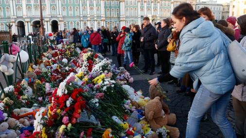 В России продолжается траур по жертвам авиакатастрофы