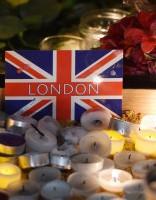 Londonā piemin terorakta upurus