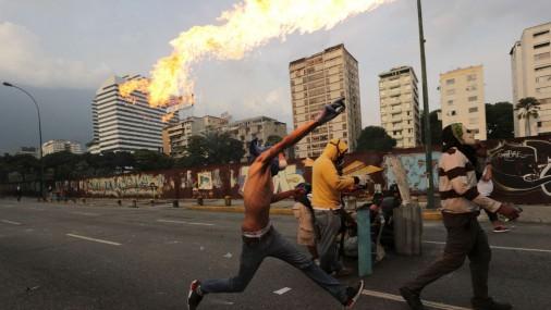Массовые беспорядки в Венесуэлле