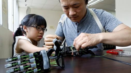 Тайваньские роботы, как люди
