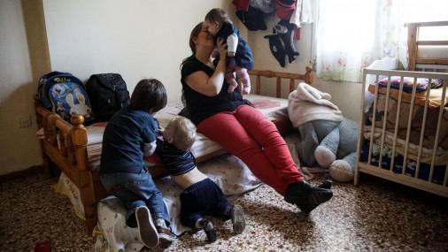 Утомленные кризисом в Греции