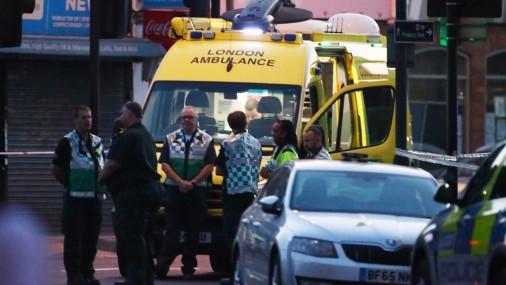 В Лондоне фургон въехал в толпу людей