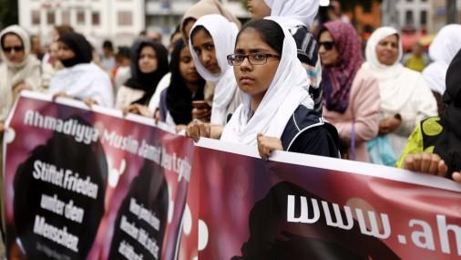 В Кельне мусульмане провели марш против террора